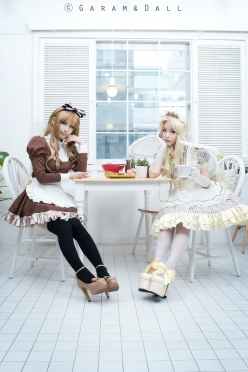 Honey and Maron Cosplay by Tomia and Momoren 11