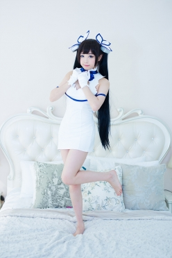 Hestia Cosplay by Tomia 10