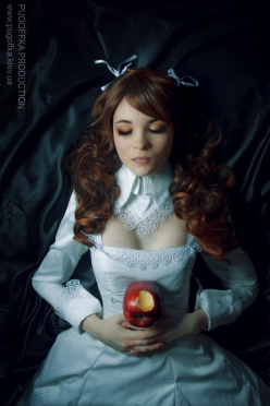 Princess Blanche Cosplay by En Soi 12